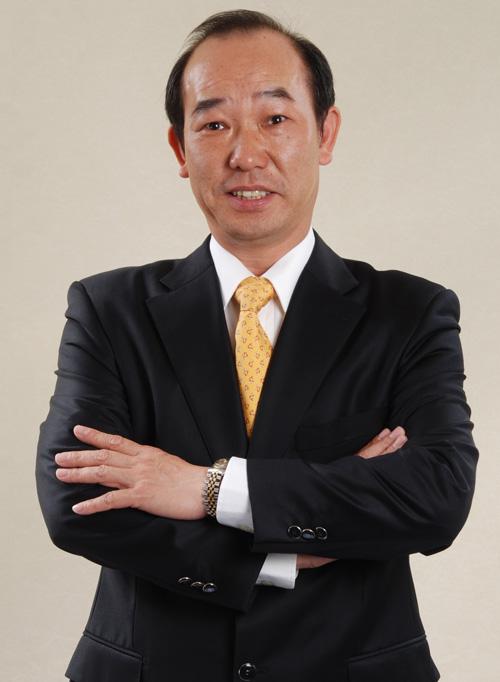 集團總經理 梁鍾銘